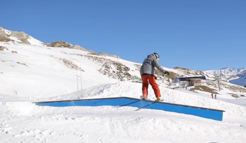 ski slide freestyle - box plat descente