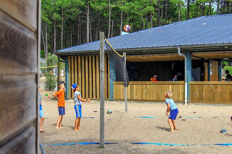 Inscrire l'enfant dans une colonie de vacances sportive.jpg
