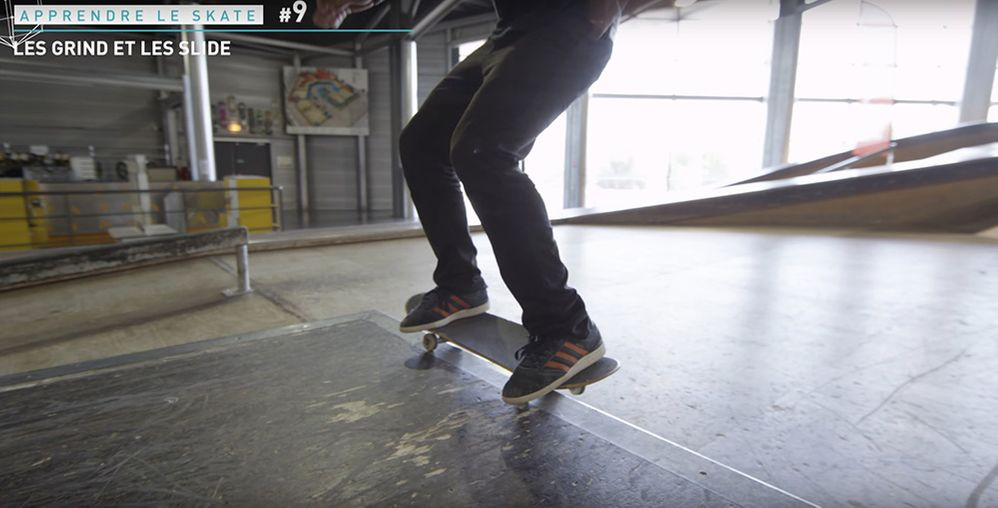 Entrainement grind slide skatepark