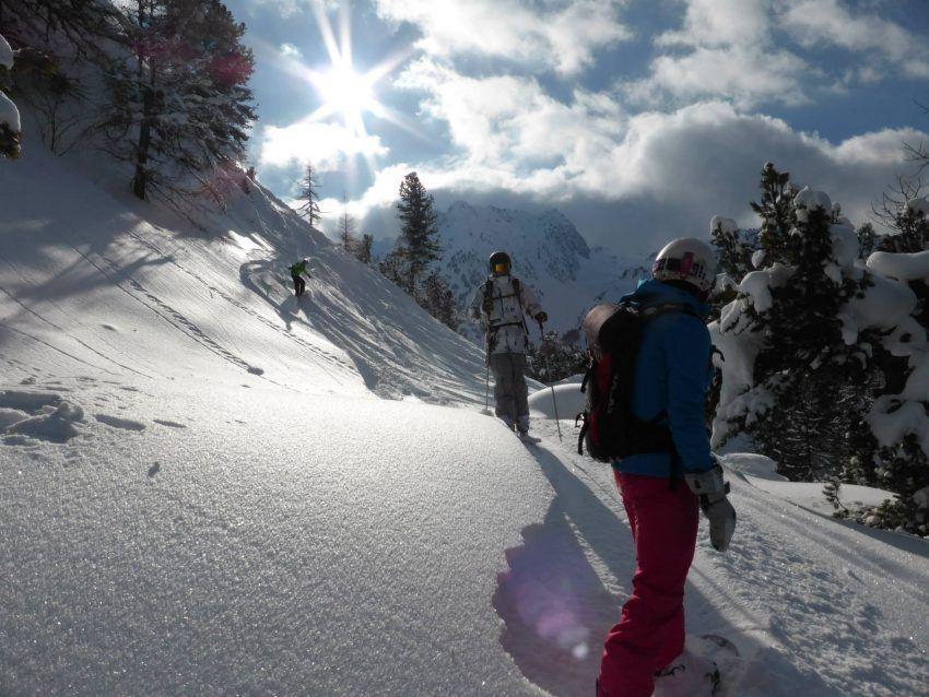 snowboard-hors-piste-paradiski.jpg