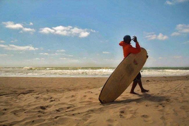 moniteur-surf-ucpa-Alex.jpg