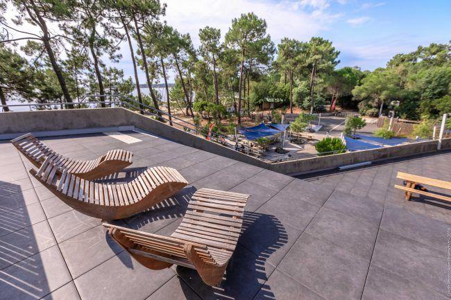 Bombannes_village_sportif_ucpa_terrasse.jpg