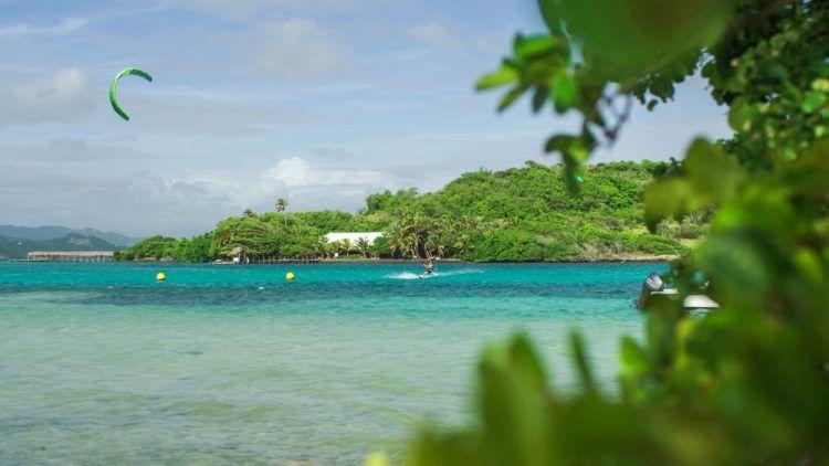 Kitesurf-en-Martinique-Les-meilleurs-spots-e1462345368842.jpg