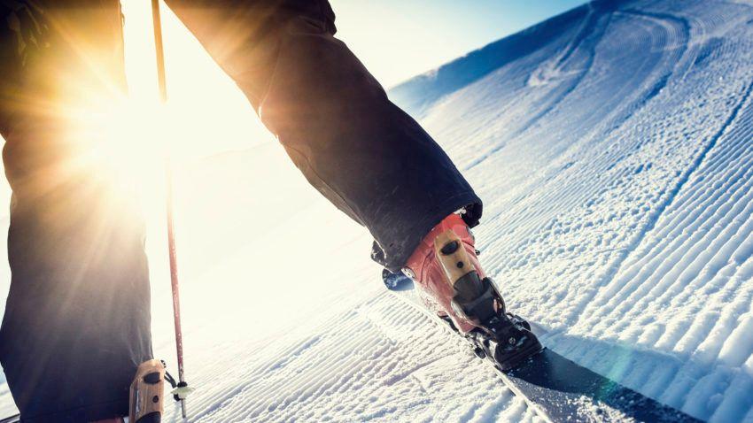 Progresser-en-ski-Anticiper-ses-trajectoires-Regarder-loin.jpg