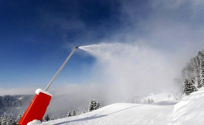 Canon a neige permanent pour l'enseignement des stations de ski