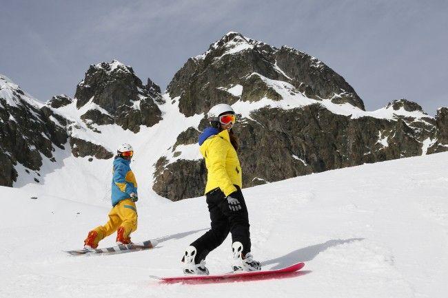 Cours de snowboard pour débutant a l'age adulte