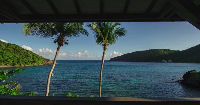 Bengalow-avec-vue-sur-la-mer-Les-saintes-Antilles.jpg