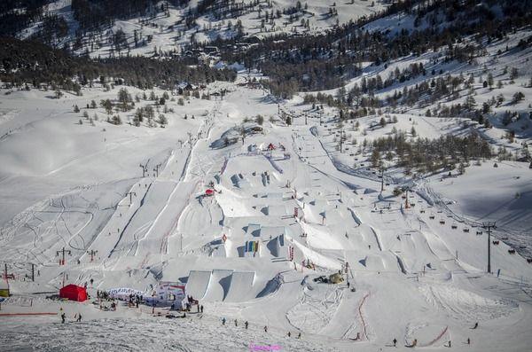 Vars snowpark.jpg