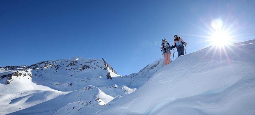 Station-de-ski-pour-le-Nouvel-an-Les-2-alpes.jpg
