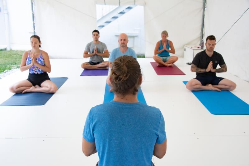 Yoga_un_sport_mixe