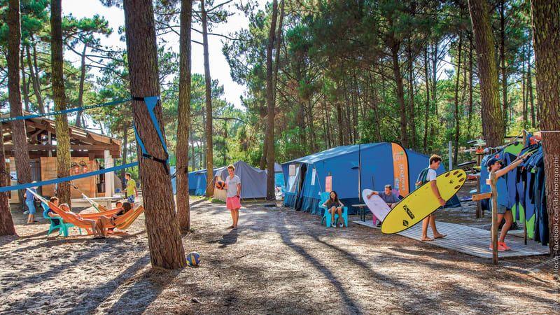 vie sur un surfcamp l'été