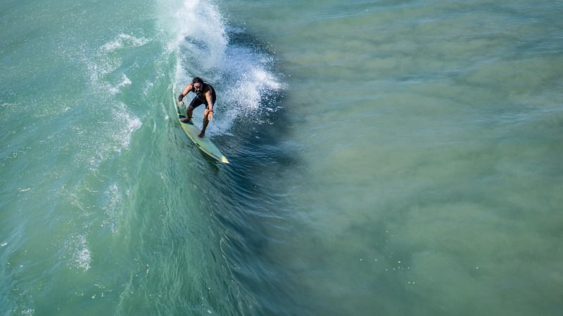 galice-surf-unsplash